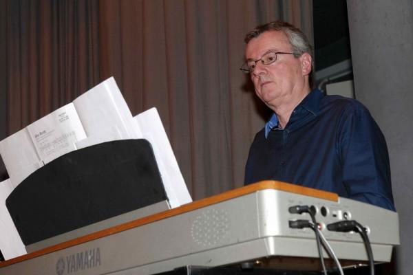Chantevieze-concert-annuel-22.06.2010-Le-pianiste-Dede-800x533